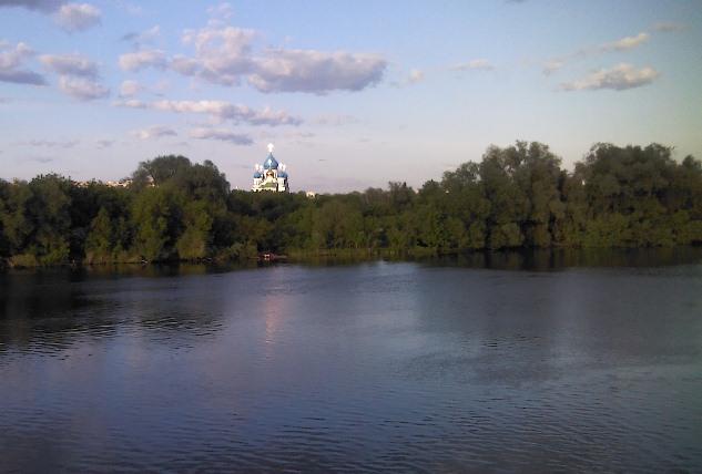 Москва река в районе печатников 28 мая