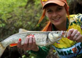 девушка рыба рыбалка