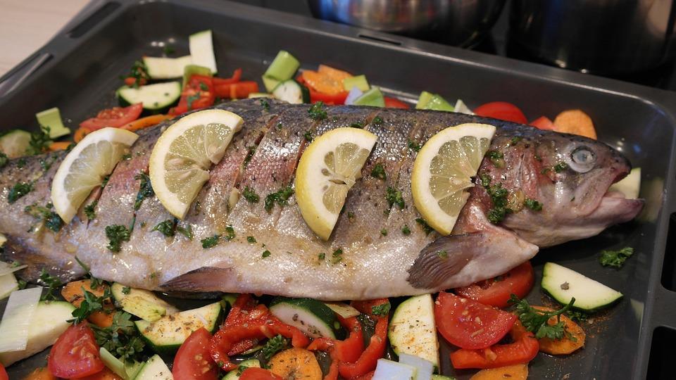 Готовим рыбу форель